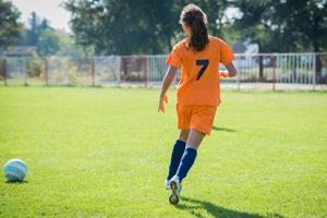 adolescenti care fac sport au mai putin stres