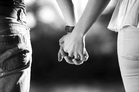 Cum fac femeile alegerea partenerului comparativ cu barbatii